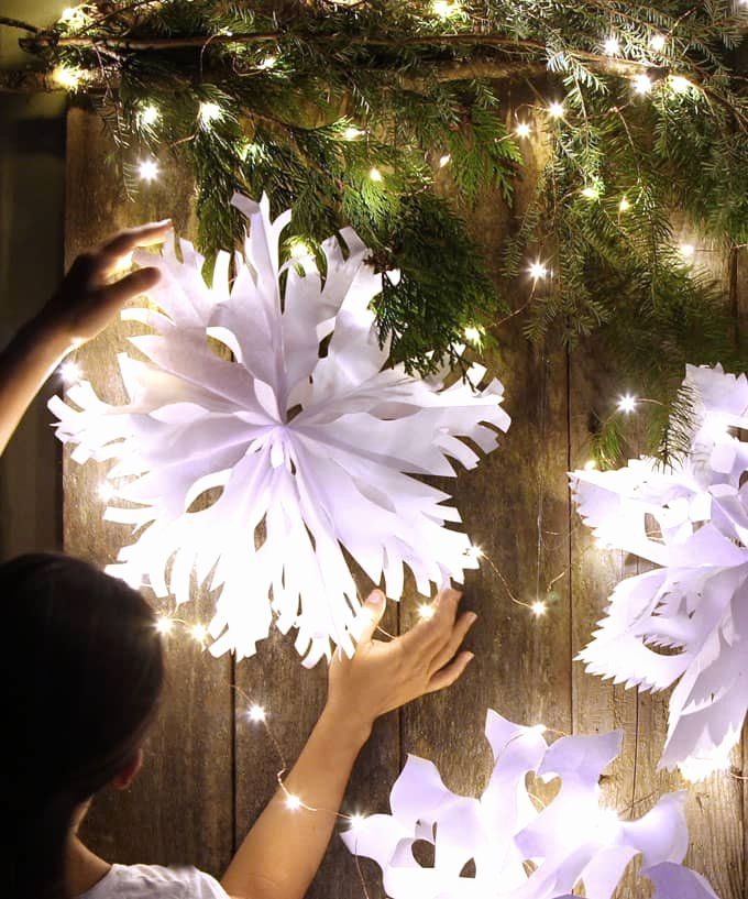3 D Paper Snowflakes Beautiful Giant 3d Paper Snowflake Decorations From Paper Bags A