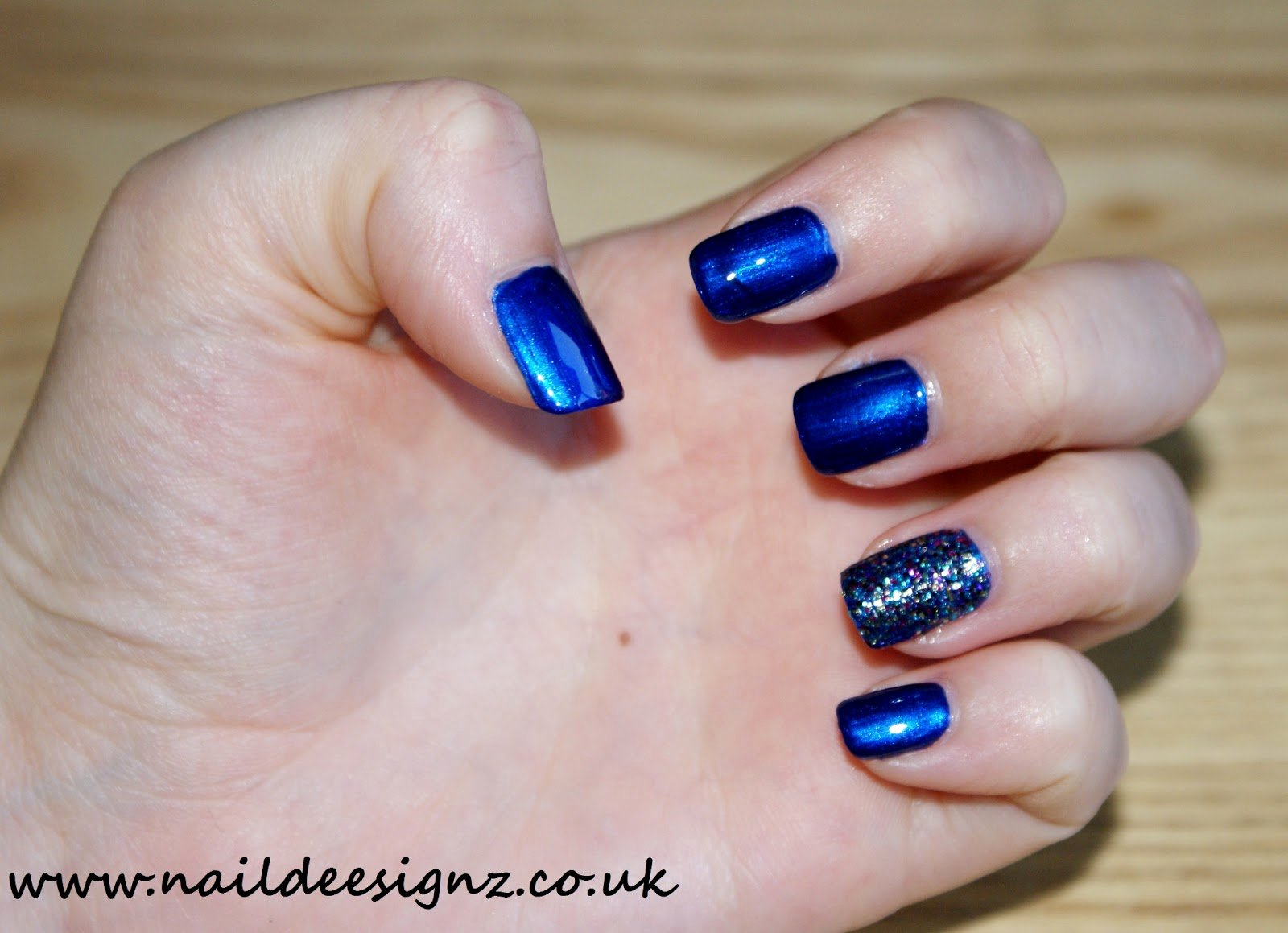 Blue Nail Polish Designs Awesome Naildeesignz Blue with Glitter Accent Nail