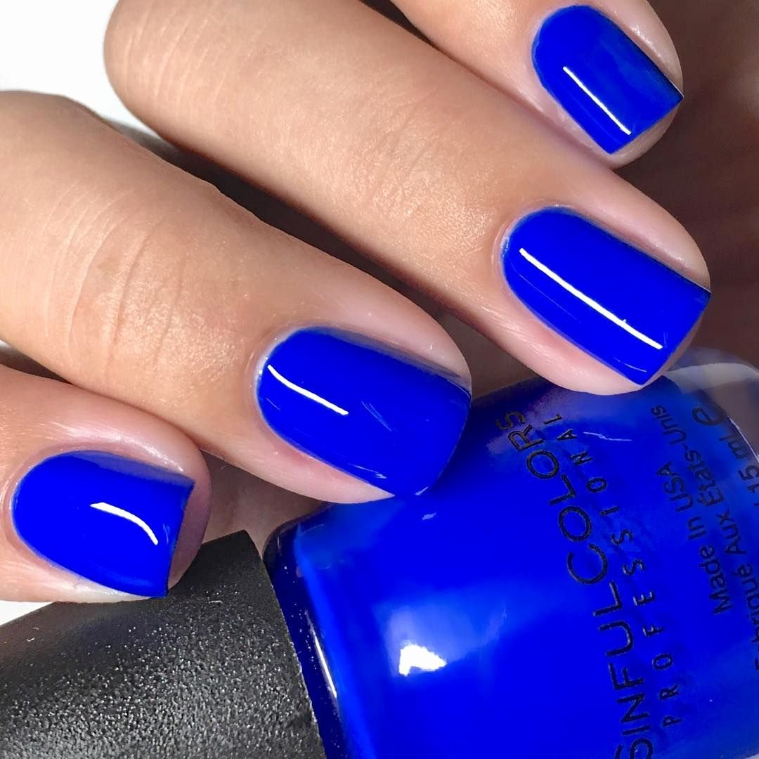 Blue Nail Polish Designs Beautiful Blue Nails for Hannah Baker 13 Reasons why