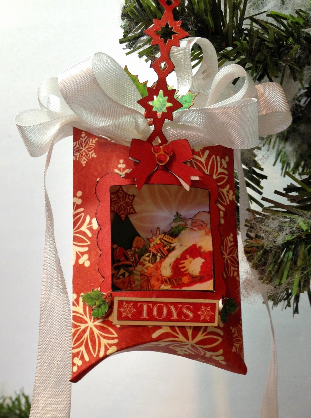 Christmas Tree Box Template Elegant Annes Papercreations Graphic 45 Shaker Pillow Box