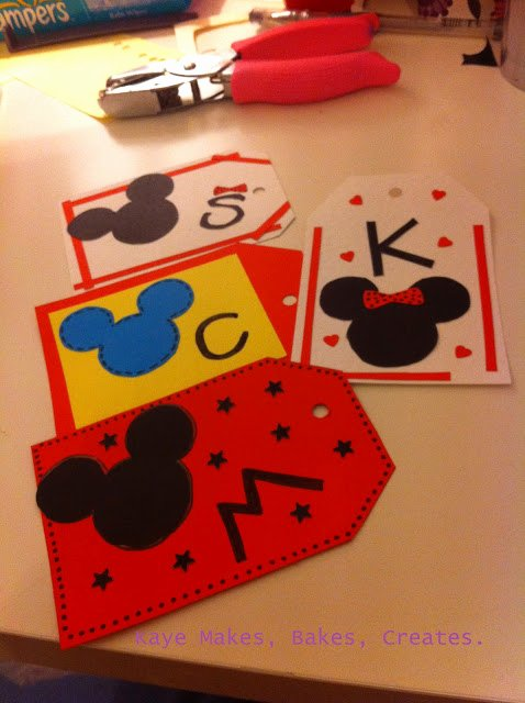 Diy Luggage Tags Template Best Of Kaye Makes Bakes Creates Diy Disney Luggage Tags