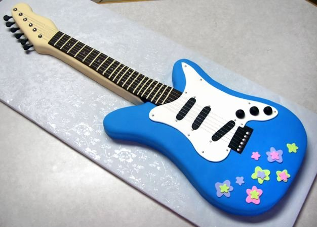 Electric Guitar Birthday Cake Awesome Blue Electric Guitar Cake Cakes and Cupcakes