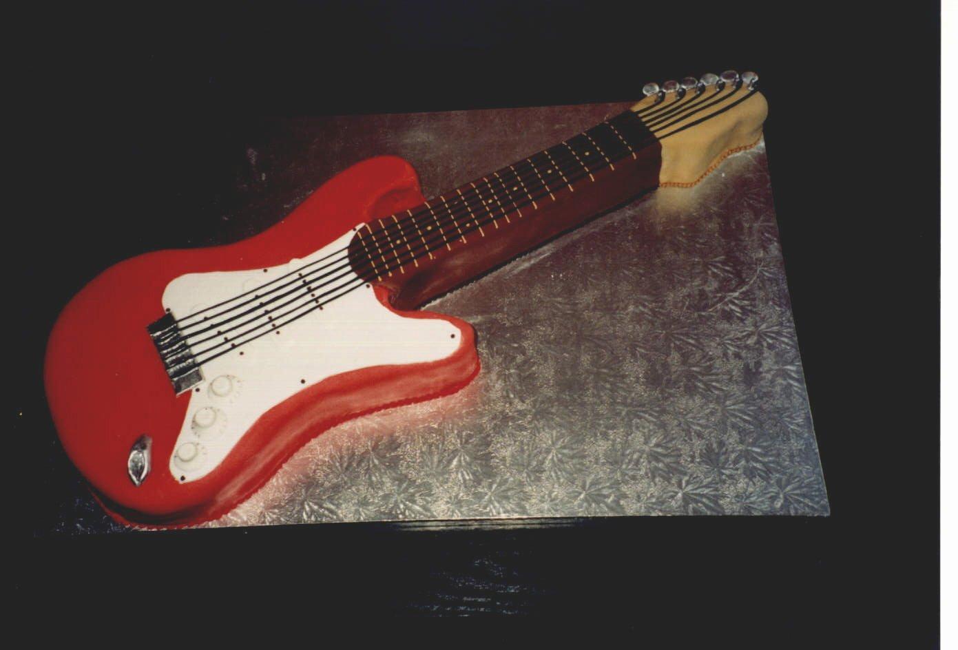 Electric Guitar Birthday Cake Fresh Electric Guitar Novelty Birthday Cake Susie S Cakes