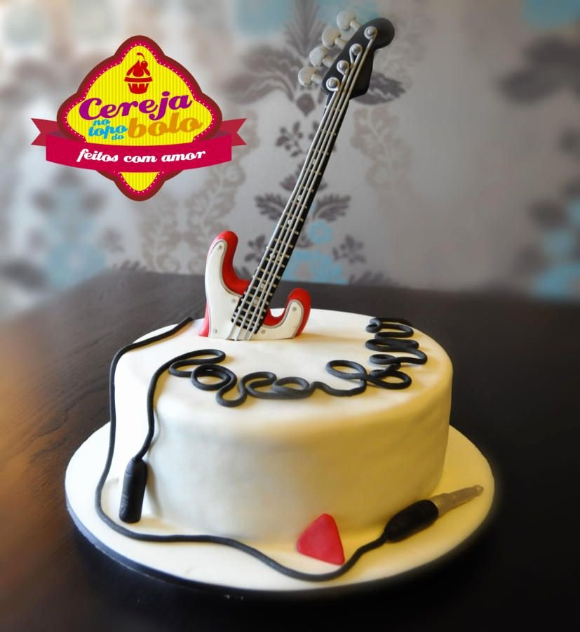 Electric Guitar Birthday Cake Luxury Guitar Cake by Cerejanotopodobolo