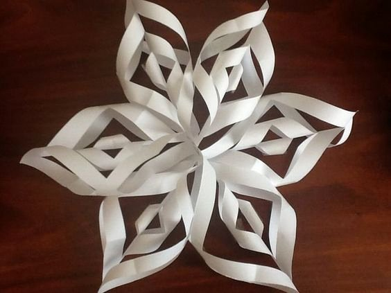 How to Make 3d Snowflakes Inspirational Make A 3d Paper Snowflake
