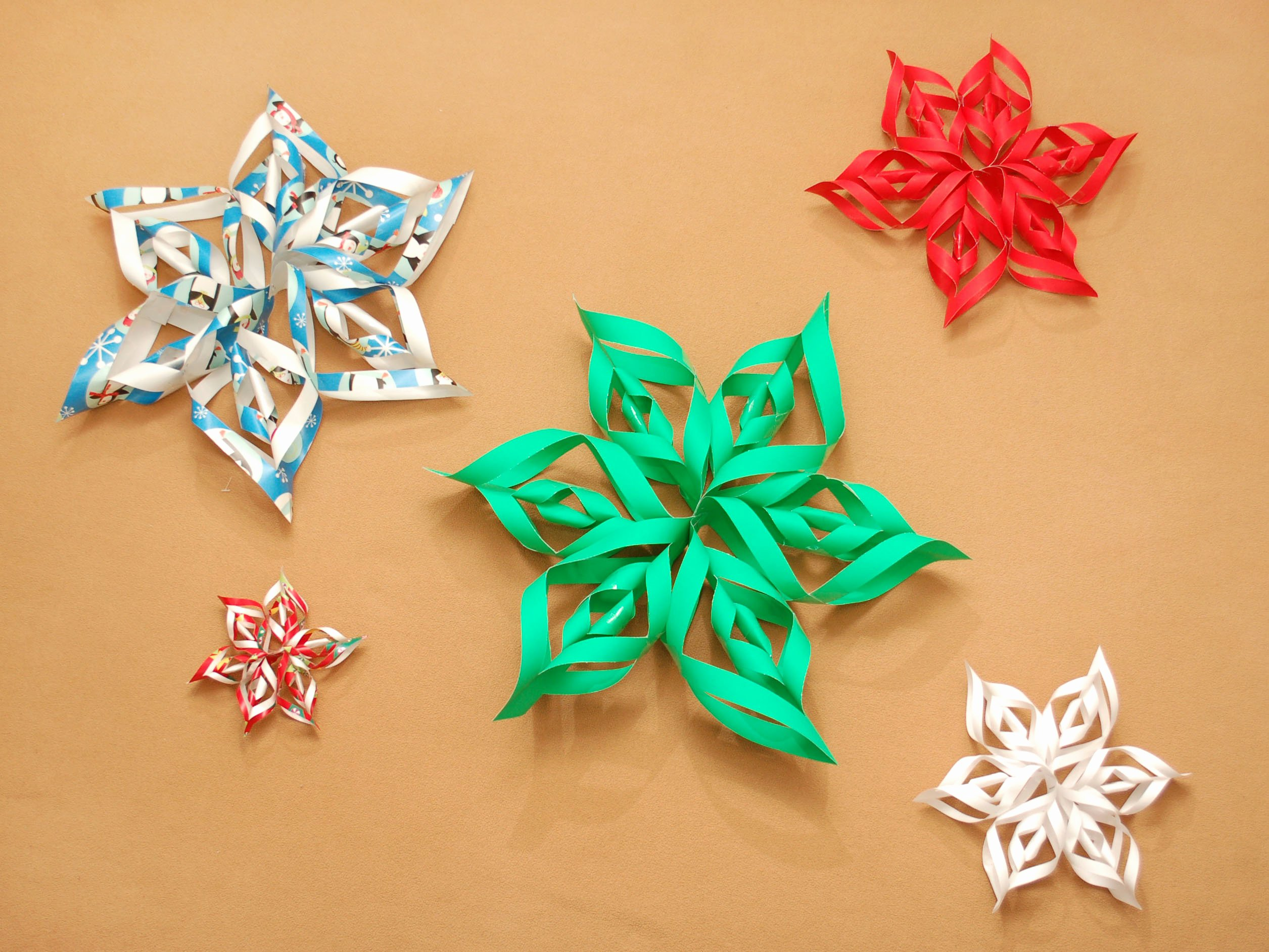 How to Make 3d Snowflakes New How to Make A 3d Paper Snowflake 12 Steps with