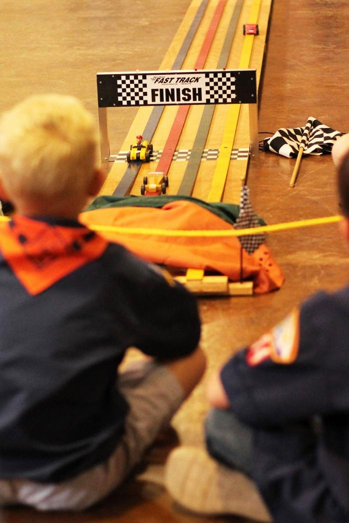 Mario Pinewood Derby Car Beautiful Pinewood Derby Mario Kart Game Inspires Entry Munity