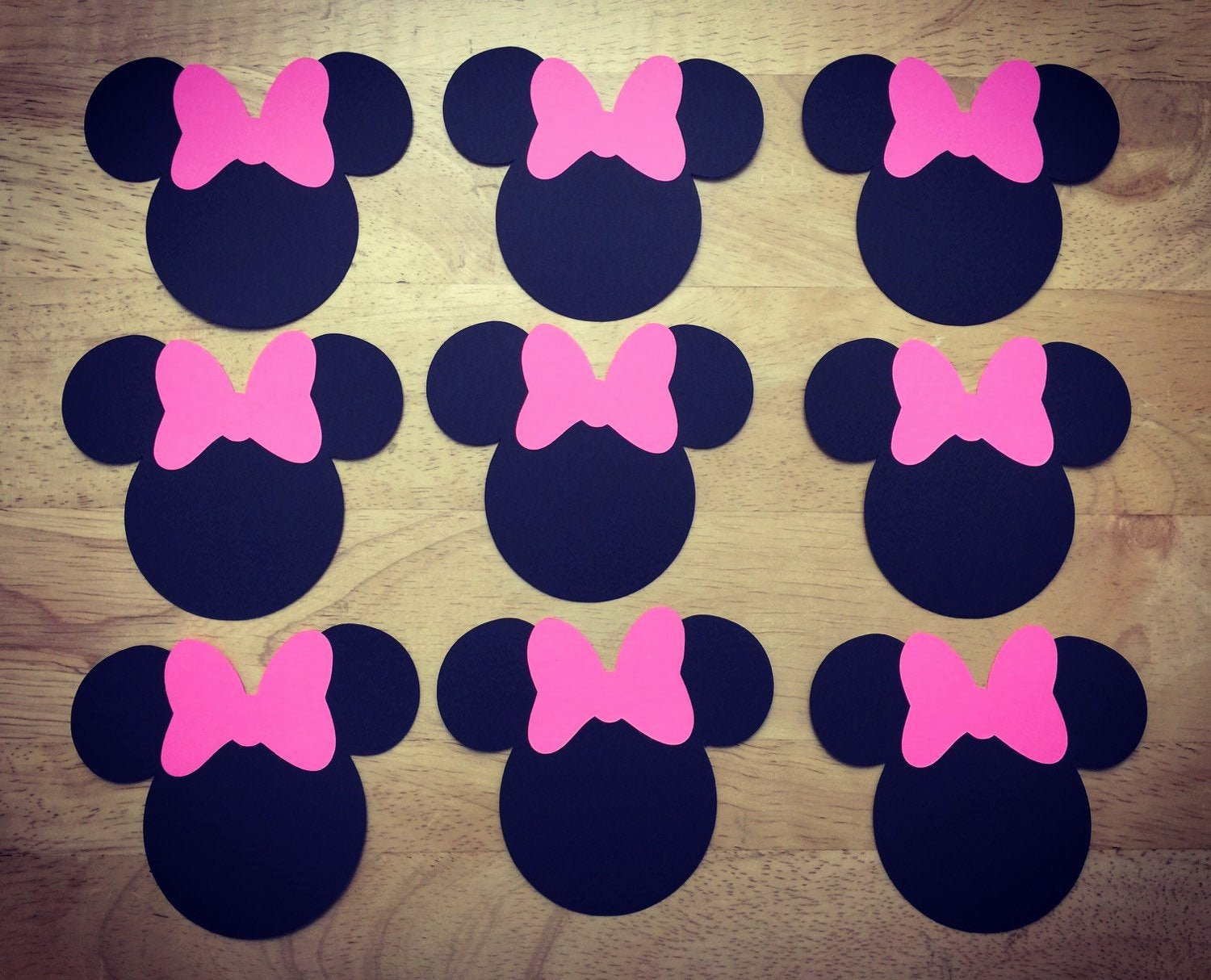 Minnie Mouse Bow Cut Out Lovely Disney Minnie Mouse Cut Outs with Bows Various Sizes and