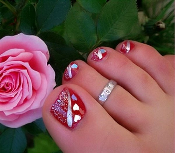 Nail Art Designs for toes Beautiful Lamste Famail toe Nail Art Designs for Christmas 2012