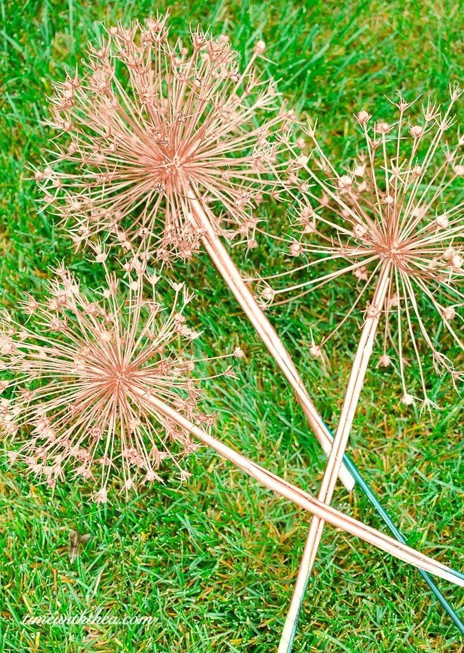 Picture Of Flowers to Paint Best Of How to Create Gorgeous Metallic Painted Dried Giant Allium