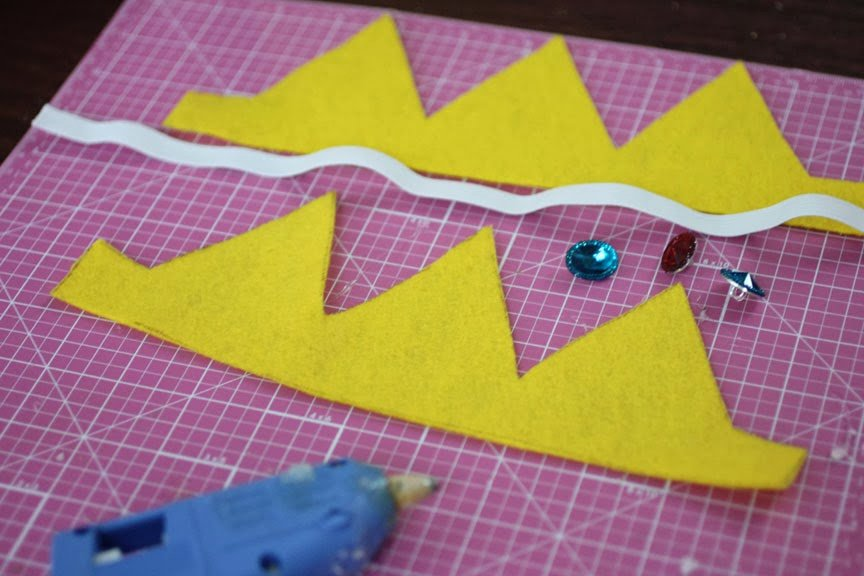 Princess Crown Cut Out New No Sew Felt Princess Peach Crown Repeat Crafter Me