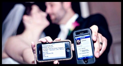Social Media Wedding Sign Template Awesome 5 Wedding social Media Sites You Should Tweet About