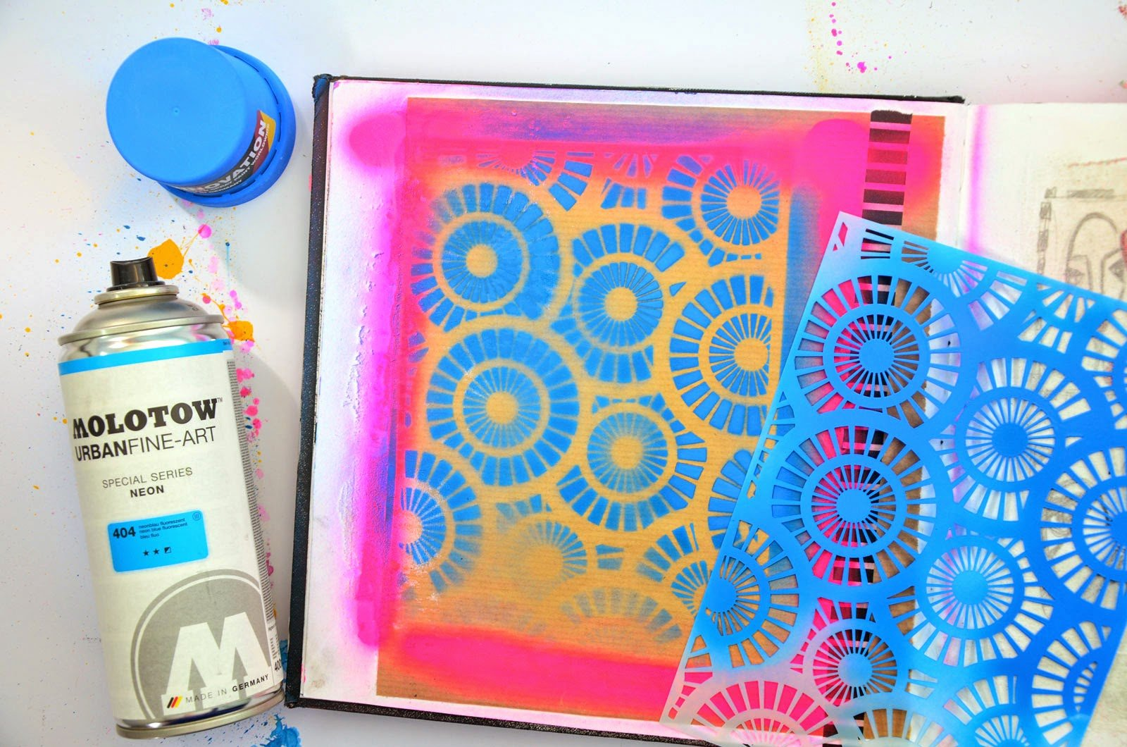 Stencil with Spray Paint Inspirational Spray Paint Stencils 6 Tutorials for Making them and 32