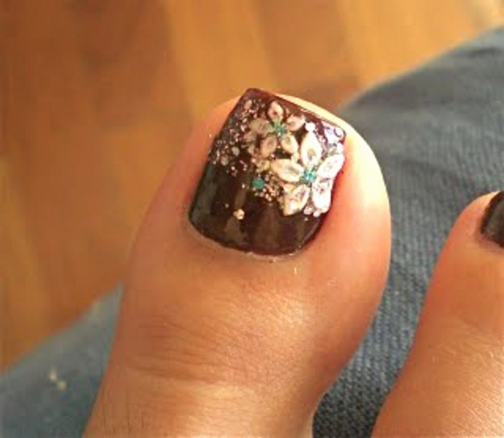 Toe Nail Art Flower Unique 25 Cool Brown and White Nail Art Ideas