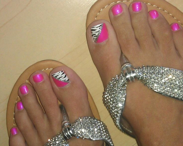 Toes Nails Design Pictures Elegant I Had This Look In June Except I Used Turquoise Instead Of